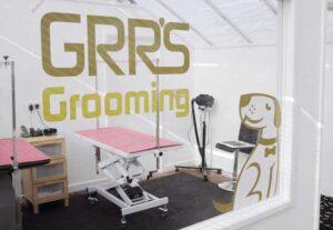 grooming salon 300x207