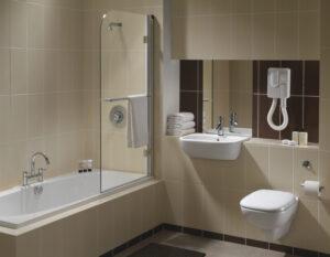 moda hotel style bathroom 300x233
